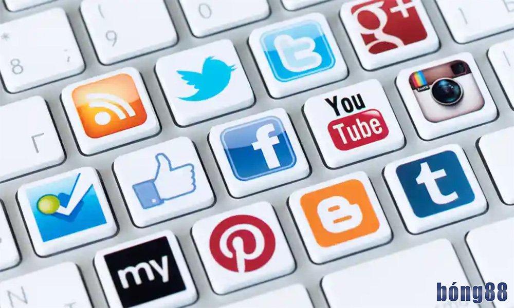 Liên hệ qua mạng xã hội